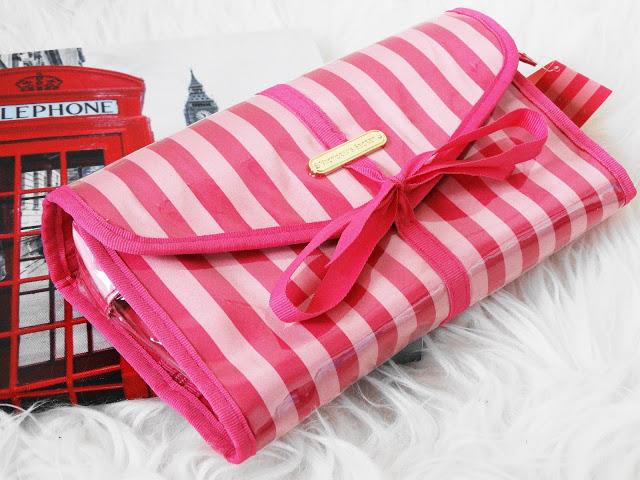 3be21 dsc050982b252812529 - Wat neem ik mee naar Londen in mijn beauty-bag?