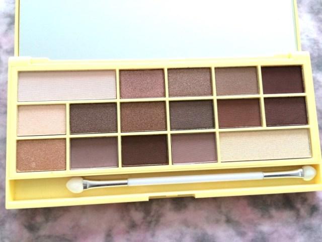 436c7 img 0915 - I Heart Makeup Naked Chocolate Eyeshadow Palette