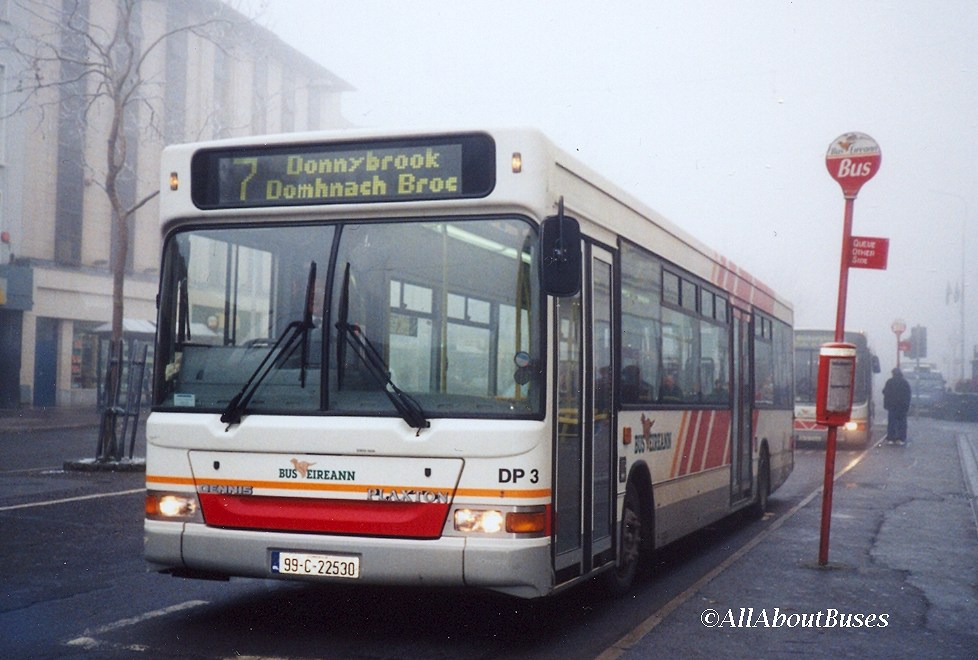 One of the original batch of dual-door darts, DP2 in Cork on a foggy morning in January 2002