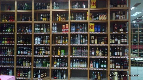 выбор и цены на алкоголь в камбодже