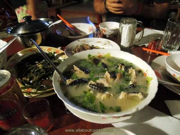 суп из змеи в Сием Рипе