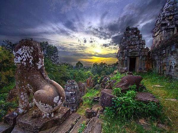 Храм пномбакенг