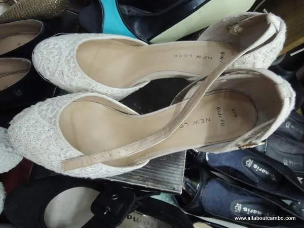 Склады с обувью в Камбодже