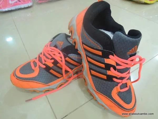 кроссовки  в Камбодже