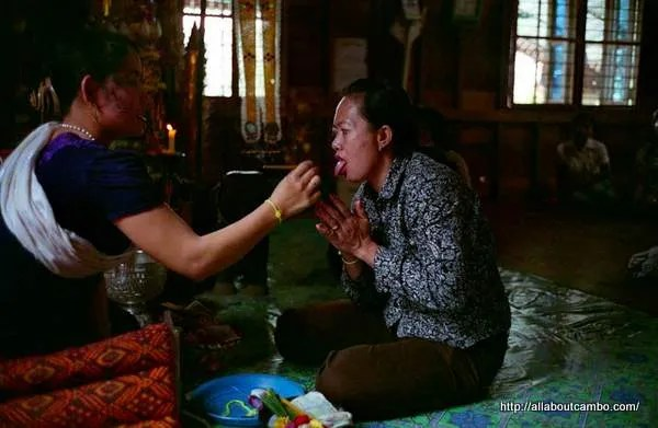 кхмерские народные целители