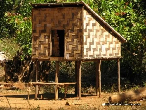 15-дом невесты племени тапуан