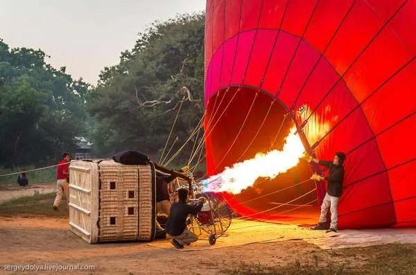 Баган на воздушном шаре