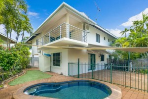 All-about-real-estate-darwin-real-estate-FOR-RENT-2-81-Cullen-Bay-Crescent-Larrakeyah