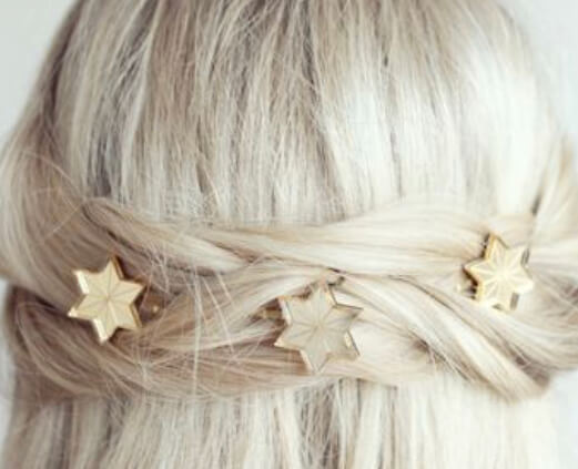Star hair clips by Jules and Clem. Ten of the best hair accessories online. Read more on www.allaboutrosalilla.com