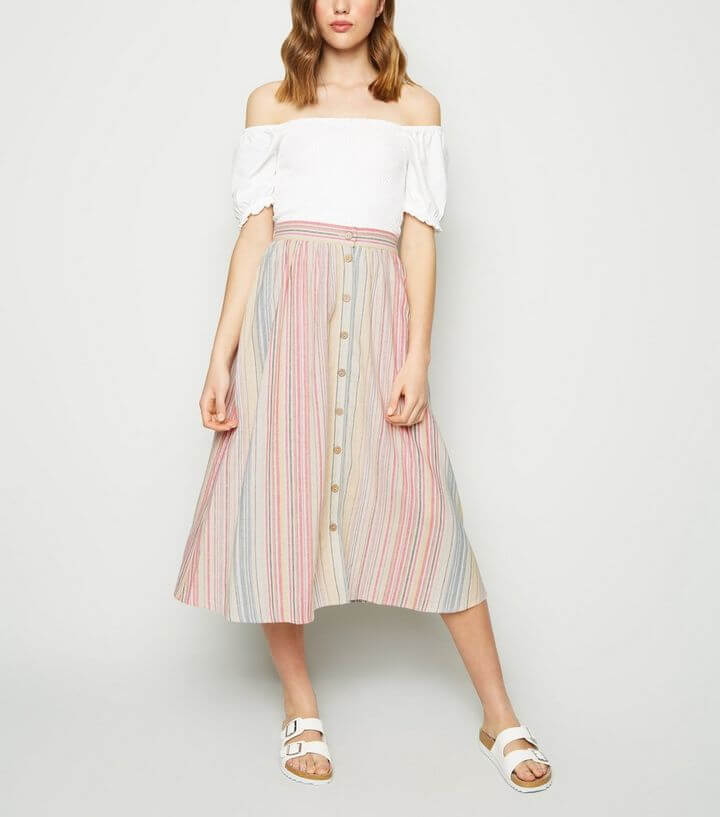 What to pack for the Cotswolds. Linen skirt from New Look. Read more on www.allaboutrosalilla.com