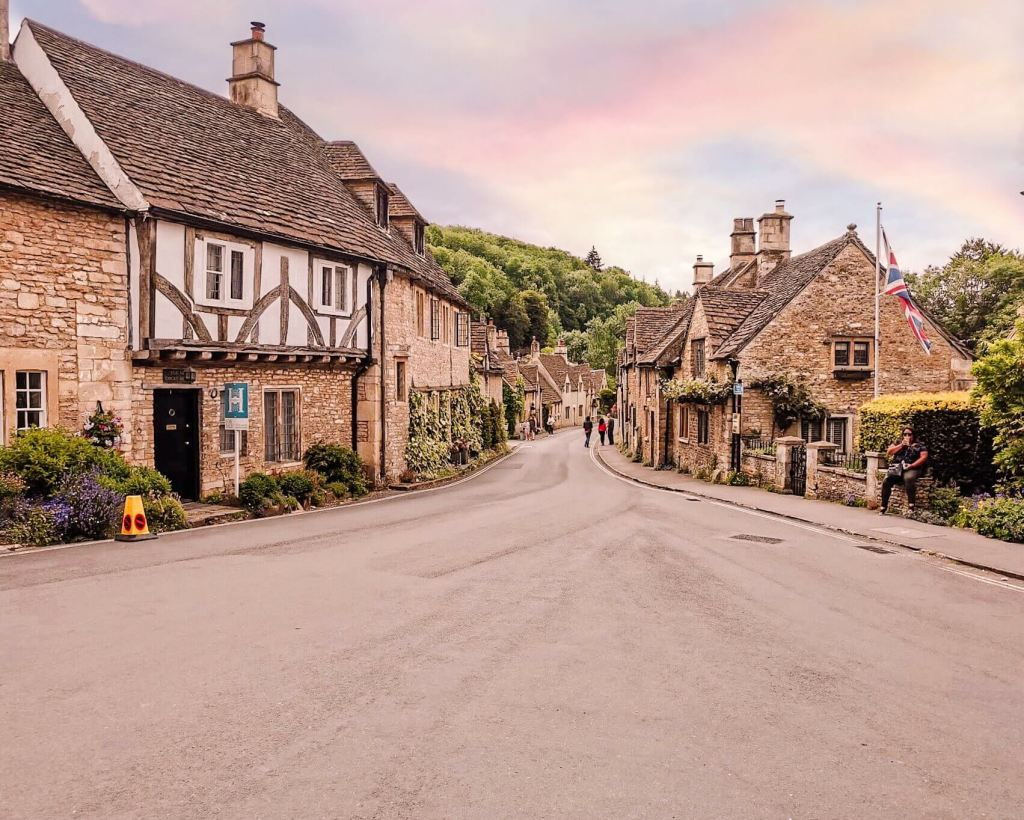 Castle Combe a pretty village in the Cotswolds and one of the best towns to visit in the Cotswolds