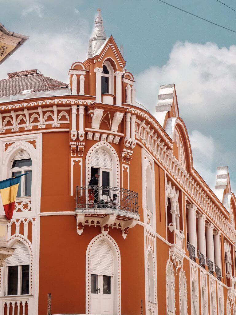 Venetian style decor in Oradea Romania. Read more on www.allaboutrosalilla.com