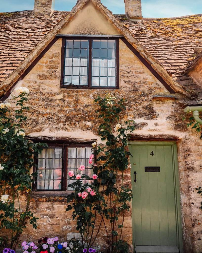 Rose cottage in Bibury one of Cotswolds best villages