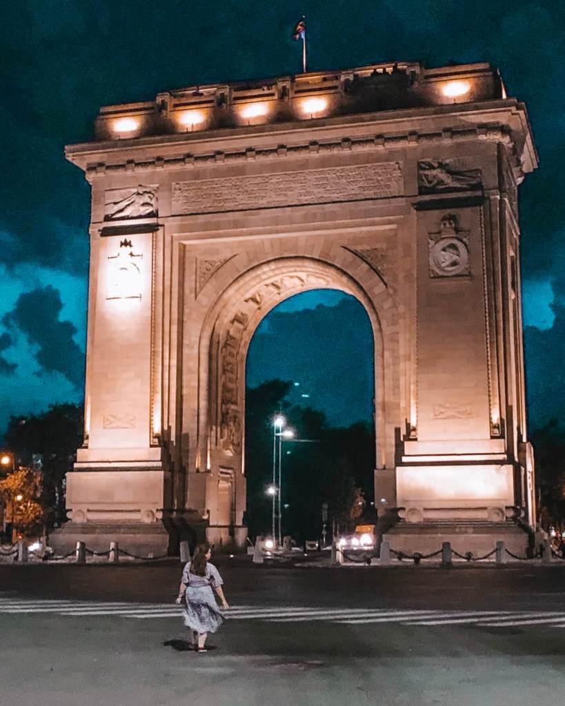 The Arcul de Triumf in Bucharest. Read more on www.allaboutrosalilla.com