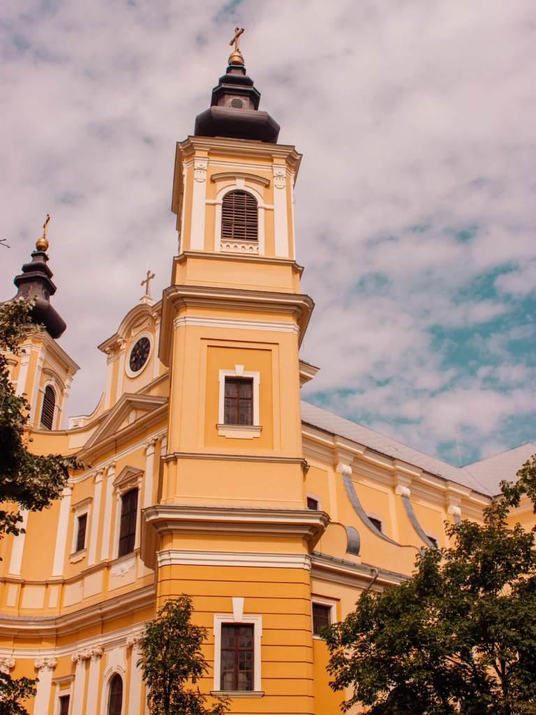 Beautiful churches in Romania. Read more on www.allaboutrosalilla.com