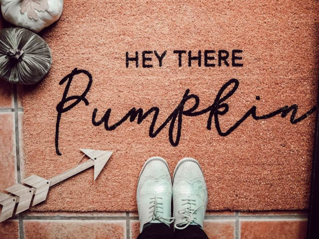 Decorate your home for fall with a Hey There Pumpkin Doormat.
