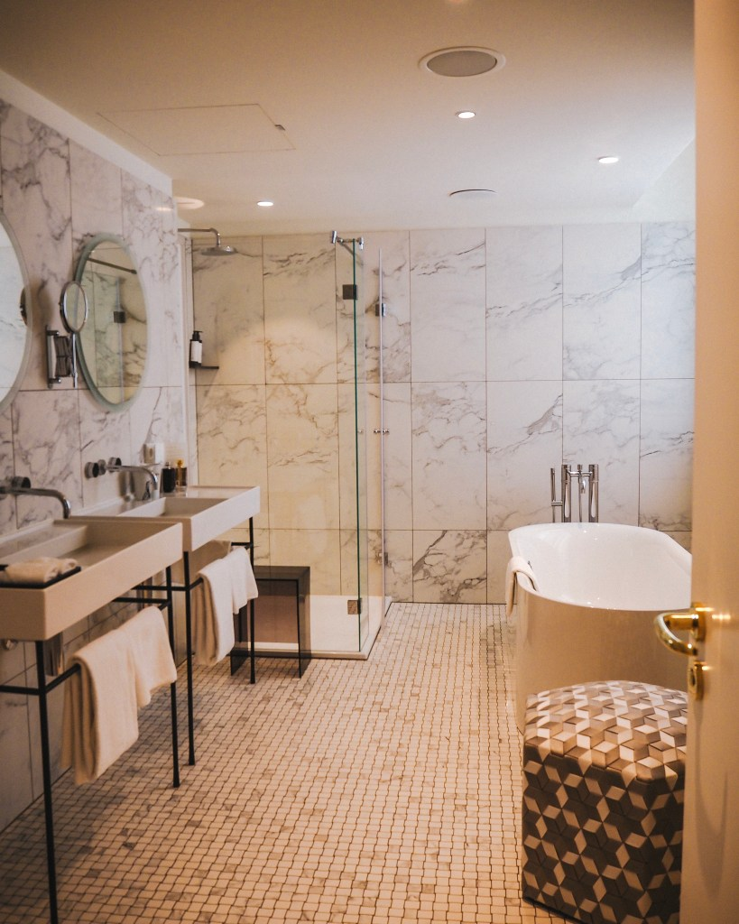 Bathrooms at Tortue Hamburg