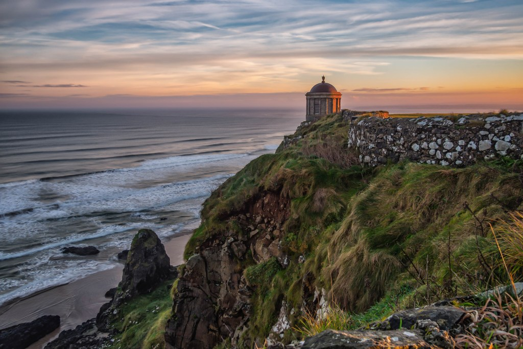 Downhill strand and Mussenden temple in Northen Ireland, a game of thrones filming location