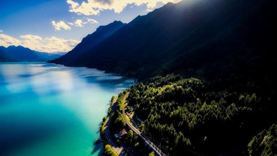 Best lakes in Switzerland - Lake Brienz
