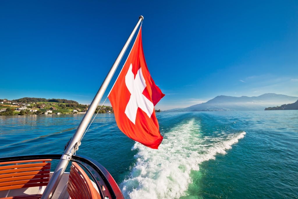 Best lakes in Switzerland to visit