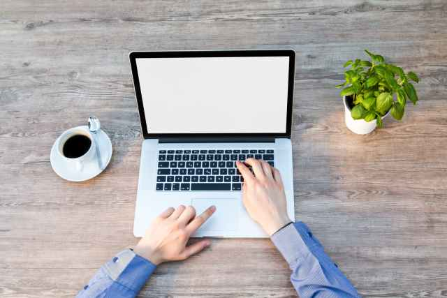 Start Earning Money By Becoming An Online Freelancer