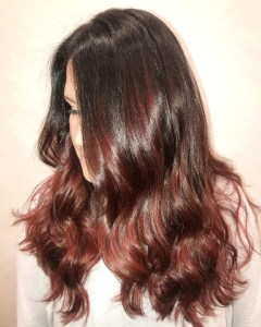 Brown hair with red highlights hairstyles inspiration guide very natural medium brown hair with red highlights solutioingenieria Choice Image