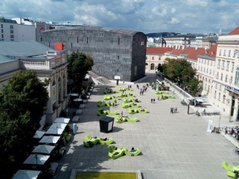 Museumsquartier - Museumsplatz