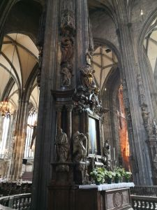 St. Stephen cathedral - interior2