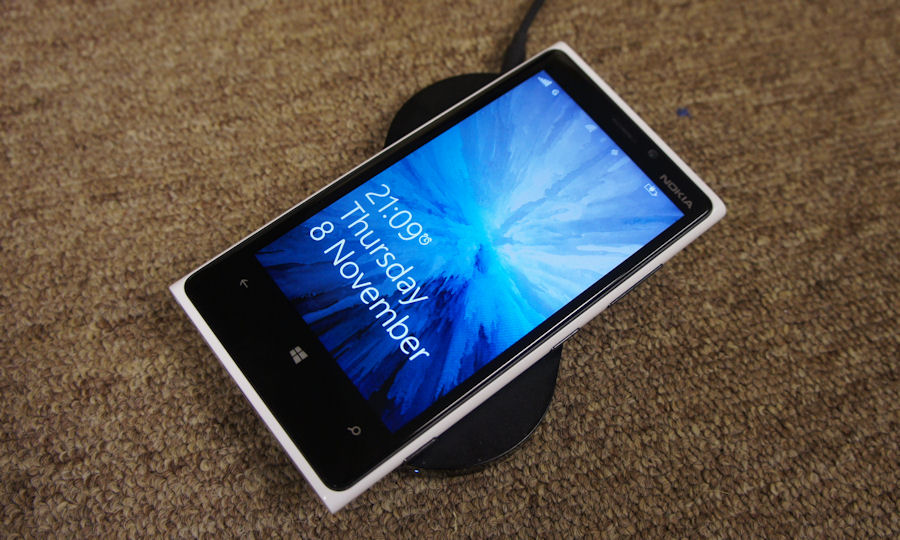 Lumia wireless charger