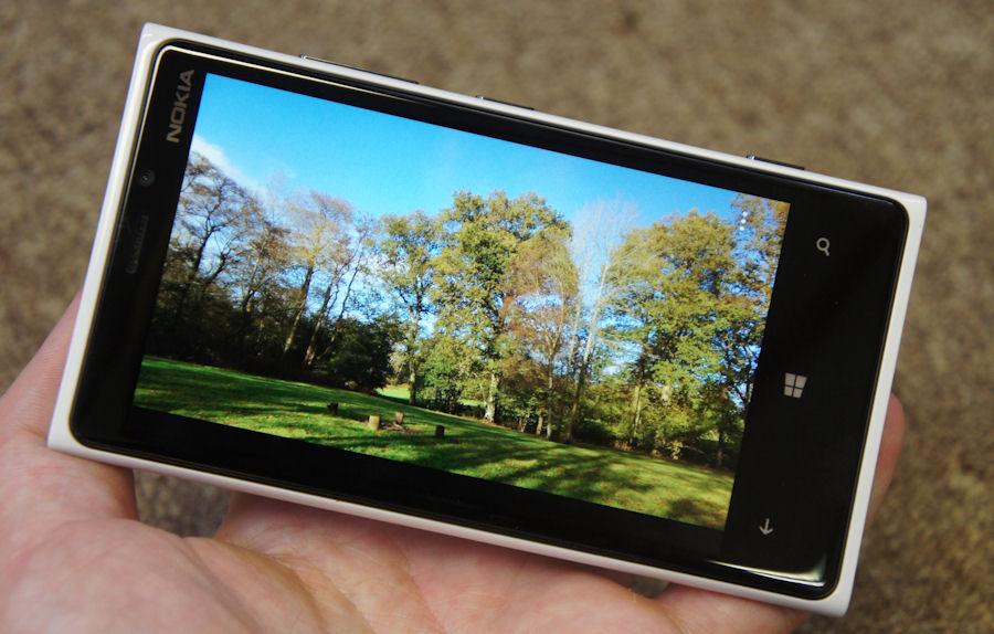 Lumia 920 screen
