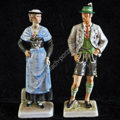 #47+#48 Bavarian peasants, painted
