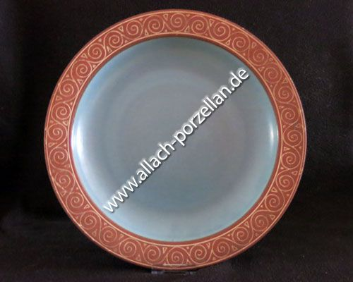 Plate with germanic motifs