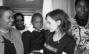 Résultats de recherche d'images pour «Victoria Beckham in Kisumu images»