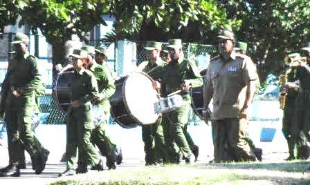 Défile militaire Plaza de la révolution