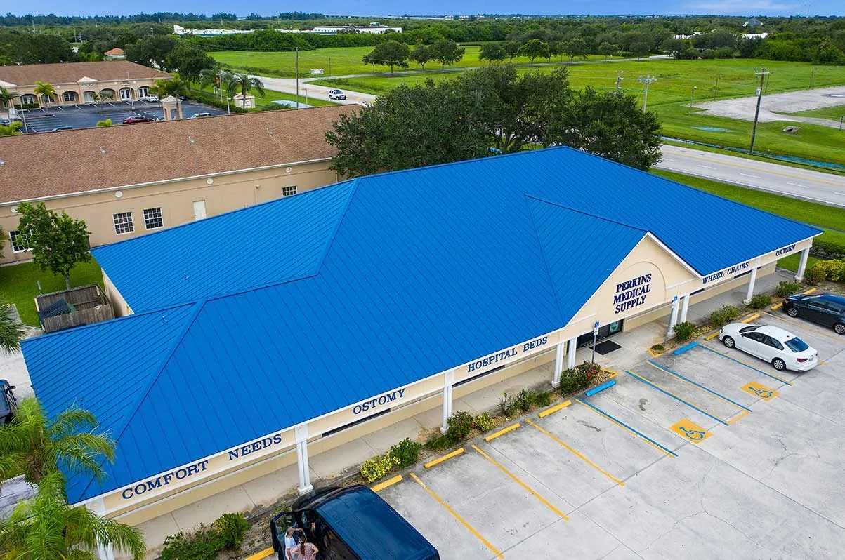 commerical-blue-metal-roof-1200-min