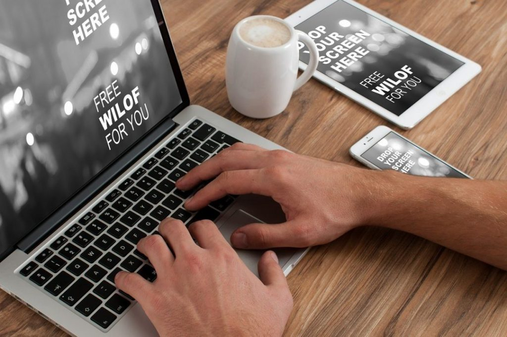 Advantages Working Freelance Home typing on macpro laptop