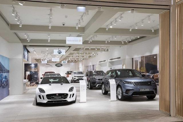 alfardan-premier-motors-wins-the-double-jaguar-land-rover-MENA-marketing-awards