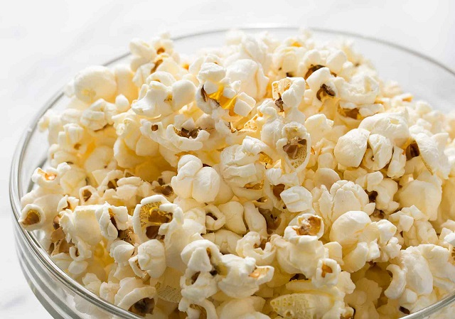 popcorn-healthy-100-calories-snack