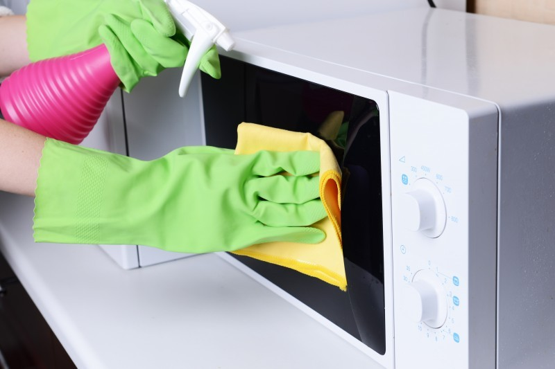 tips to clean your microwave all area