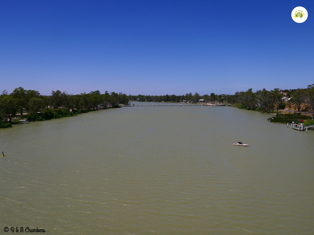 Tiny Towns of the Murray River - Blanchetown River View