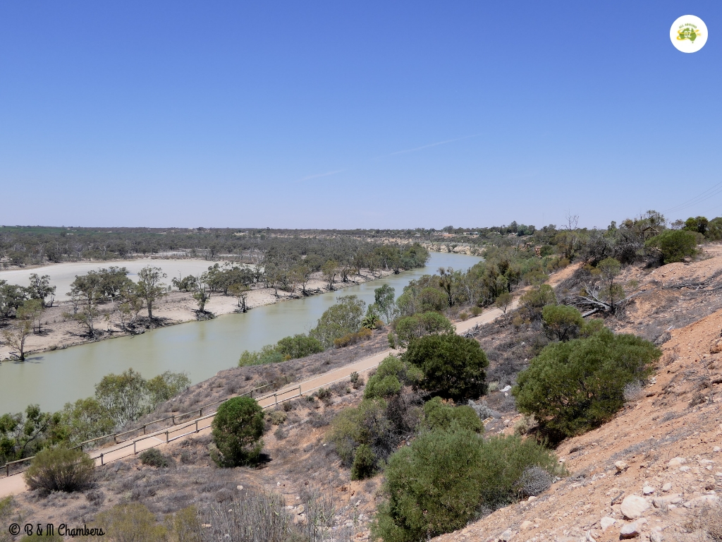 Tiny Towns of the Murray River - Clifftop Walk Waikerie