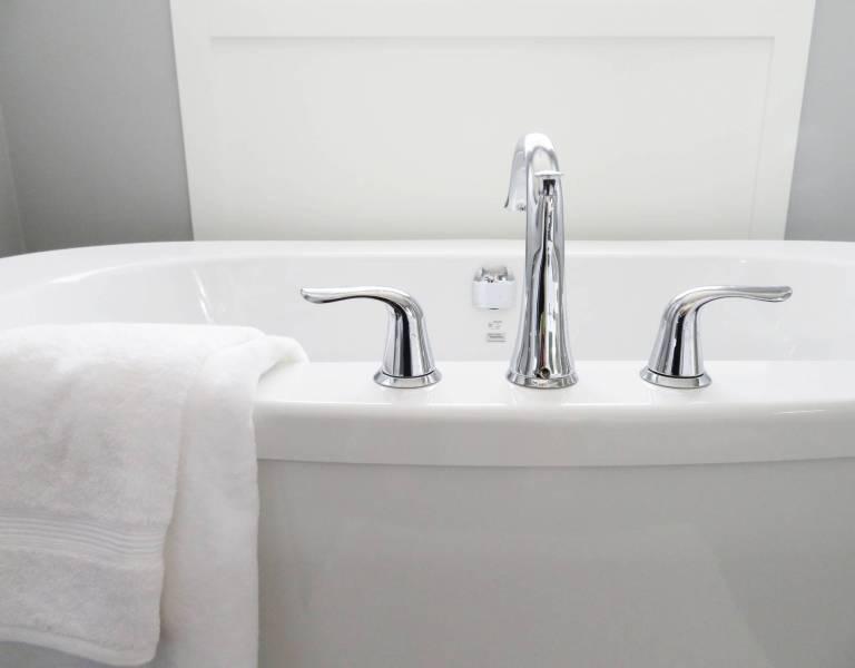 bathroom bathtub ceramic chrome