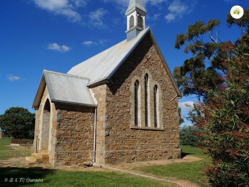 St Saviours Church, Iandra Castle