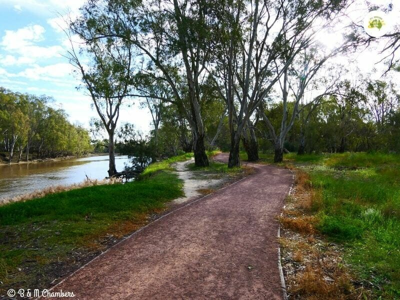 Bidgee River Trail
