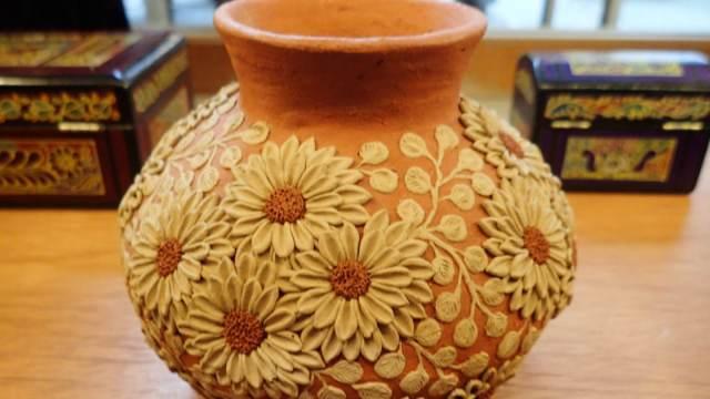 アツォンパ村の陶器