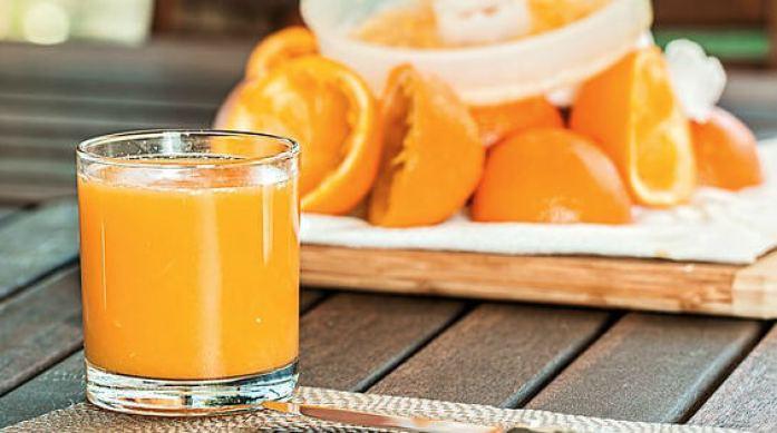 フレッシュなオレンジジュース