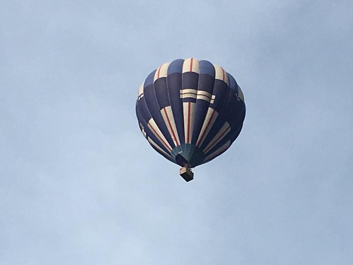 テオティワカン遺跡の気球