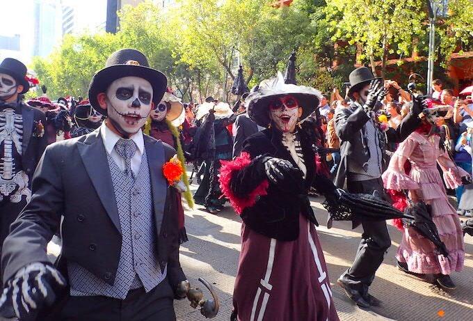 メキシコシティの死者の日パレード2