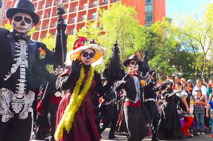 メキシコシティの死者の日パレード5