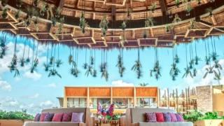 シカレホテルの玄関©Xcaret Hotel Mexico